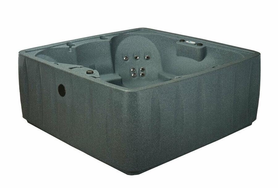 HOT TUB 29 JETS-OZONE-UPGRADES INCLUDED Fall